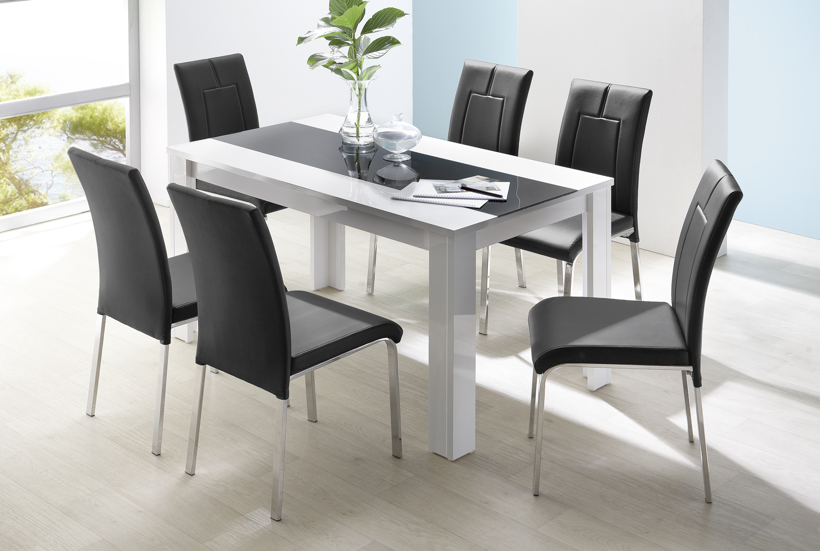 "Jídelní stůl BEATLE 160x90 cm  <span class=""discount""><span style=""color: red;""> SLEVA 41%</span></span>"
